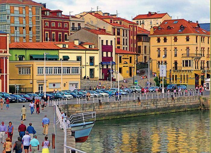 Visita el barrio de Cimadevilla en tu escapada a Gijón