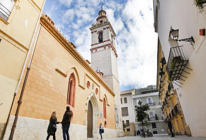 Visitar Catedral de San Nicolás en tu escapada de fin de semana en Alicante