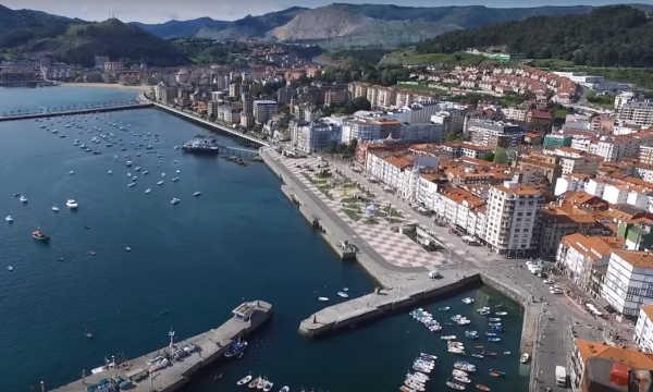 Castro Urdiales (Cantabria) Vista aérea
