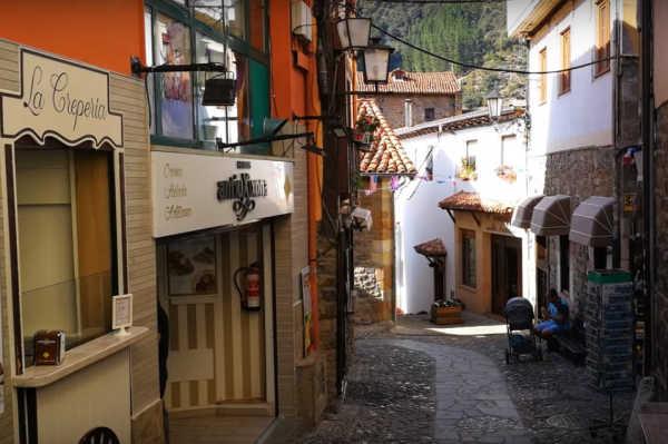 Potes (Cantabria) Uno de los pueblos más bonitos de España