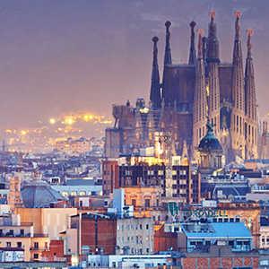 Vista aérea de la Sagrada Familia en Barcelona